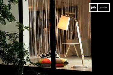 Lodge houten vloerlamp