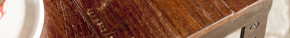 Benadrukte materialen Masaï tafel