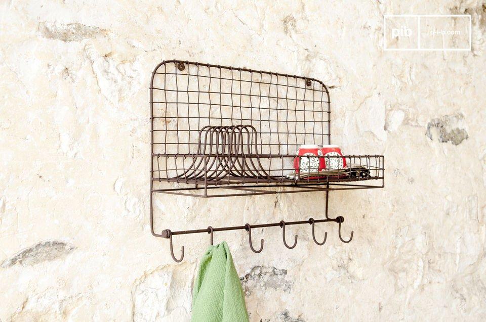Een praktisch metalen accessoire voor de keuken.