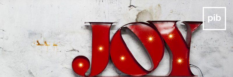 Metalen decoratieve letters in Industriële stijl