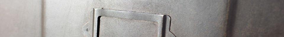 Benadrukte materialen Metalen ladekast met 5 kleppen