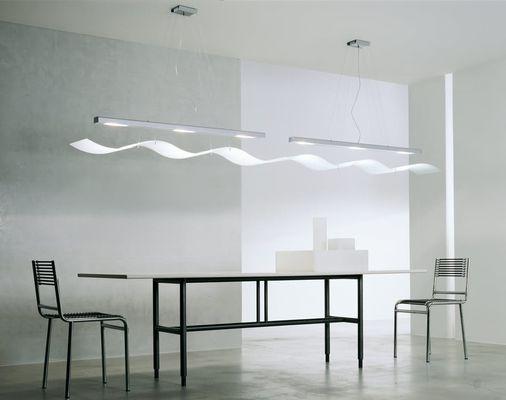 Moderne tafel strak interieur