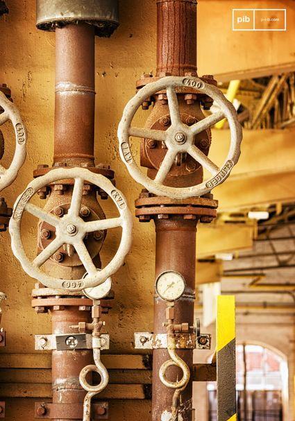Metalen zoals ijzer, koper, blik, staal, aluminium passen perfect bij de industriële stijl.
