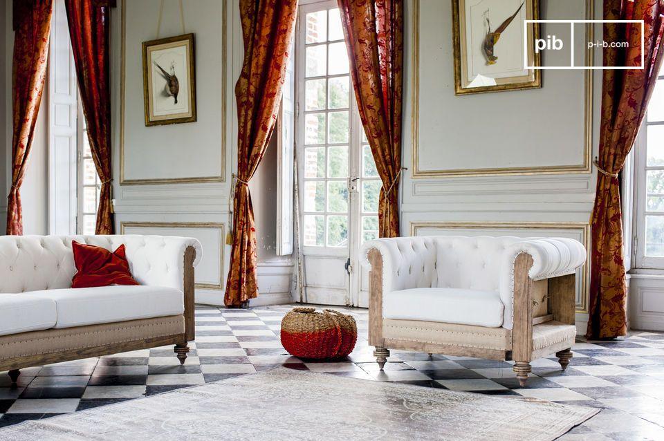 De fauteuil is zeer comfortabel en is ideaal voor in de woonkamer of in een grote slaapkamer