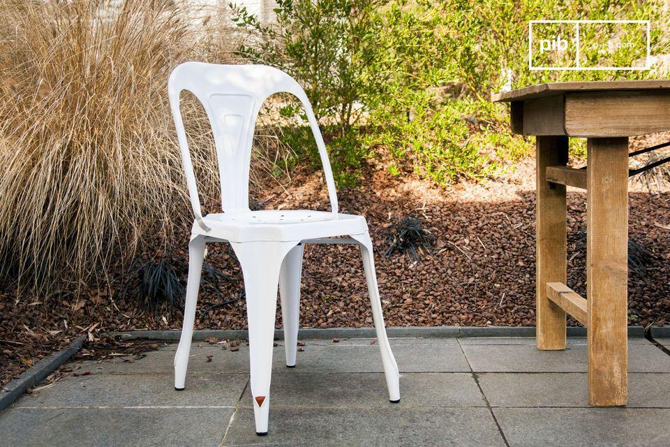 Multipl's stoel in het wit