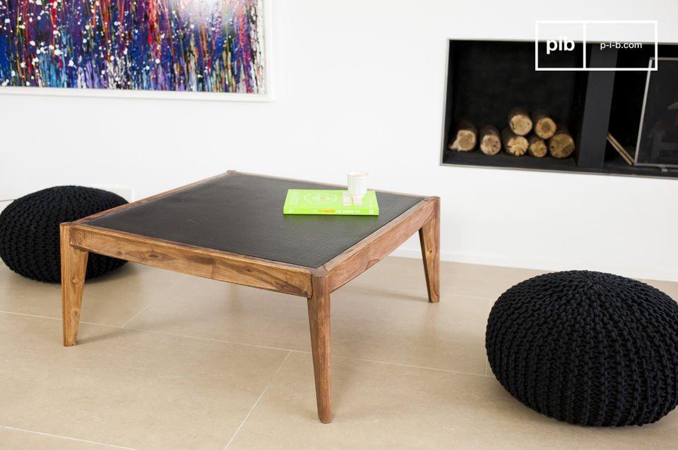 De Naröd salontafel combineert heeft de elegantie van de Scandinavische stijl