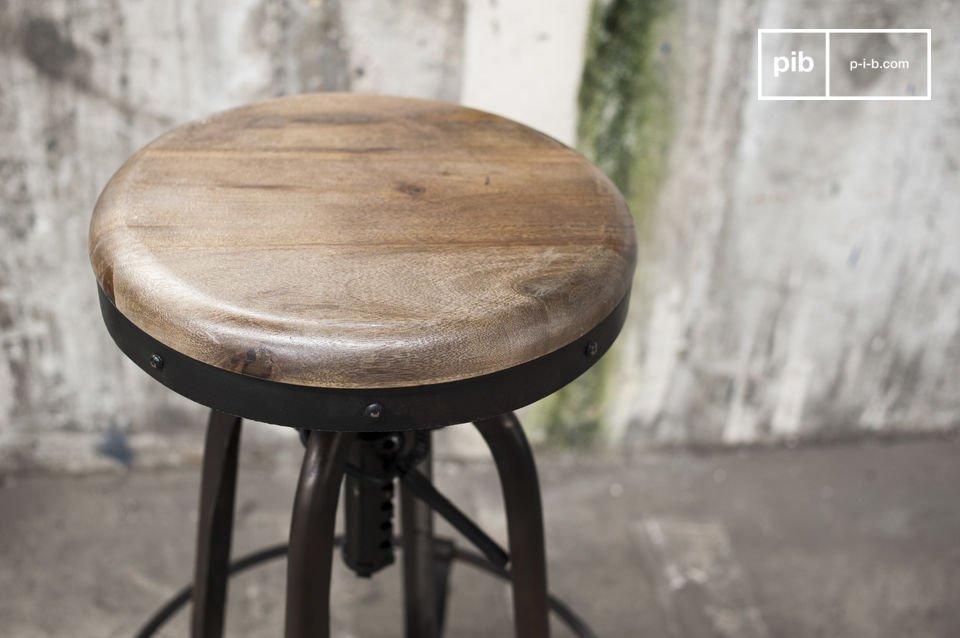 De New Western barkruk schittert door zijn authentieke industrieel design