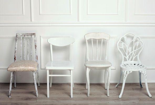 Nordische witte stoelen