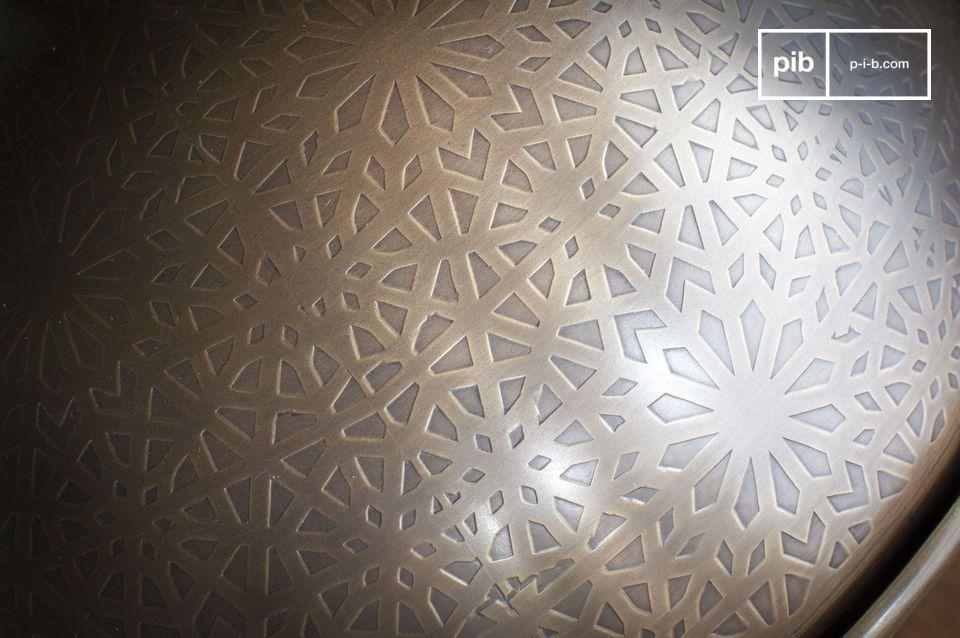 Een lappendeken van driehoekige en vierhoekige figuren in prachtig contrast met de ronding van de