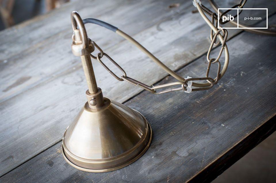 Uitgerust met een E27 fitting voor een lamp van hetzelfde type