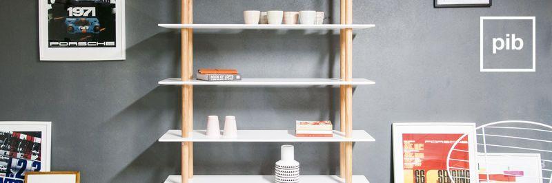 Oude collectie design boekenkasten in scandinavische stijl