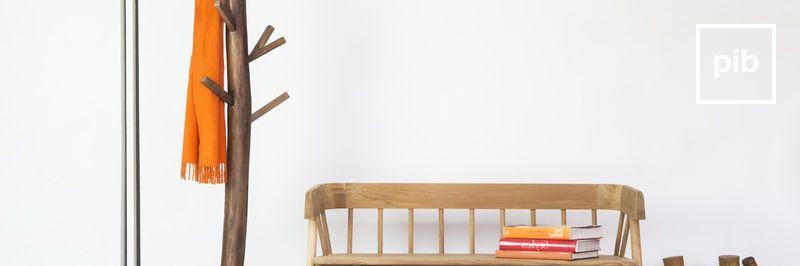 Oude collectie design kapstokken in scandinavische stijl