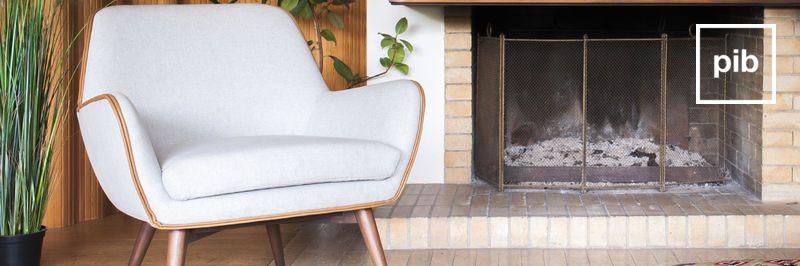 Oude collectie retro fauteuils in scandinavische stijl