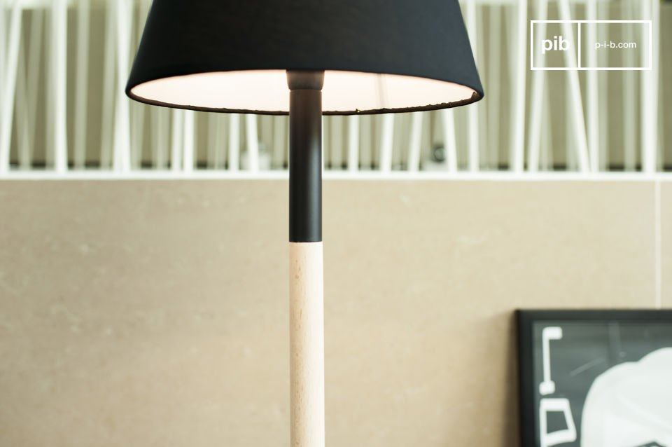 De Palito tafellamp is een itam dat een vleugje minimalistische elegantie in je huis brengt