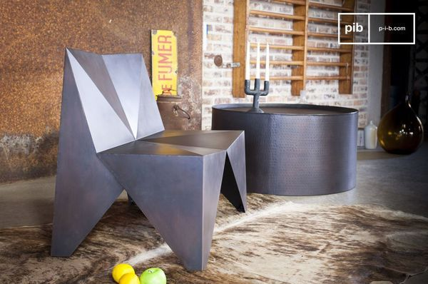 Polygone metalen fauteuil