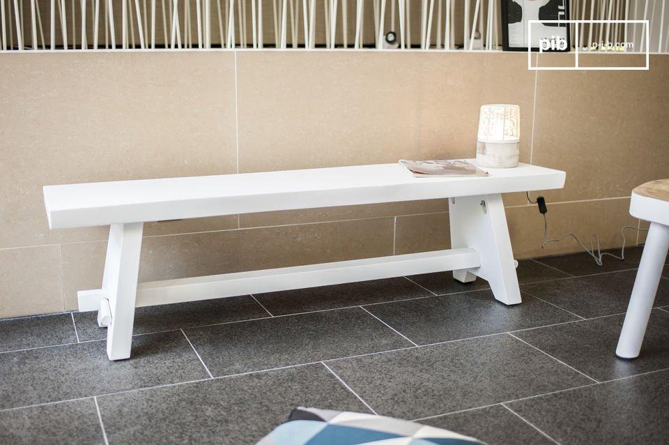 De Pyka bank heeft een Scandinavisch design dat perfect in elk interieur zal passen