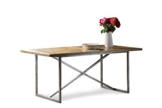 Queens eettafel Productfoto