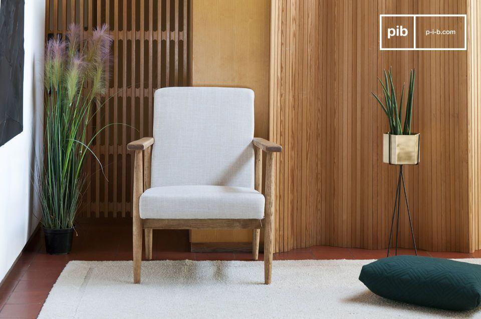 Deze comfortabele fauteuil is ideaal om in een woonkamer rond een koffietafel neer te zetten