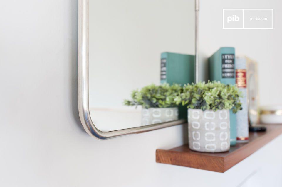 Een prachtige rechthoekige spiegel