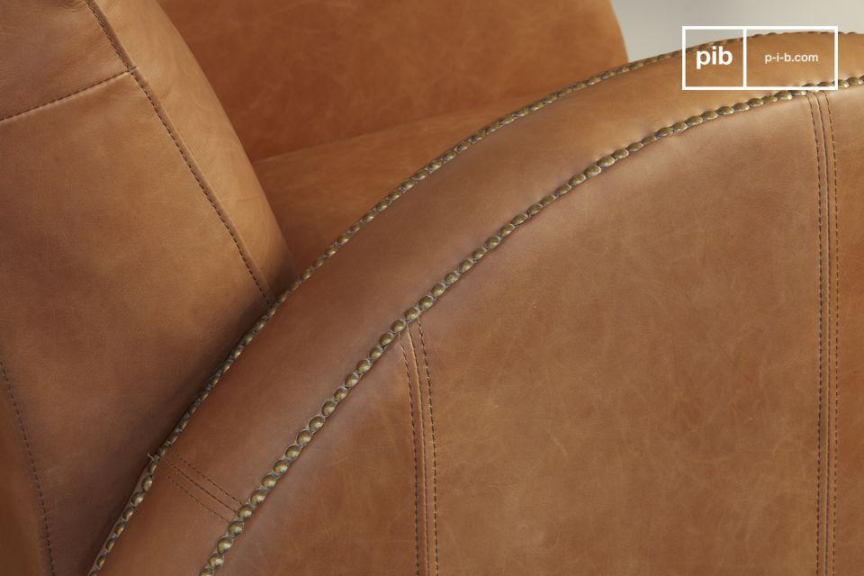 De Rockefeller Camel is een clubmodel met eigen lijnen, geïnspireerd door het art deco design