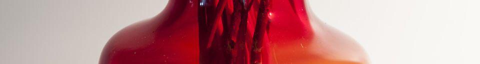 Benadrukte materialen Rode glazen vaas Bobby