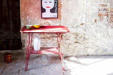 Scarlet tafel