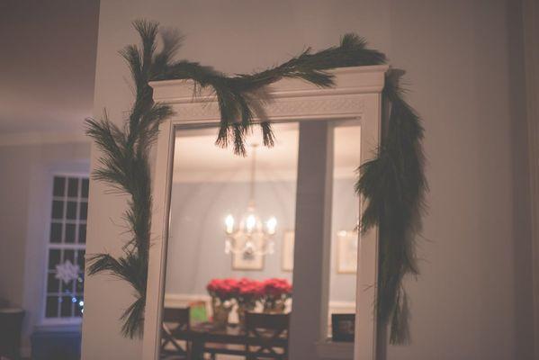 shabby chic spiegel met dennen decoratie