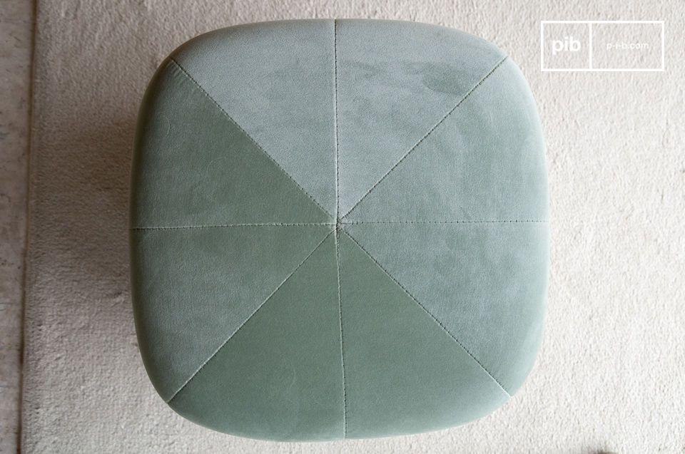 Het combineren van de zachtheid van een high-end fluweel en de moderniteit van een geometrische vorm