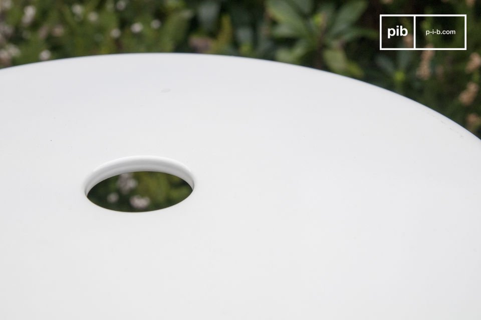 Studio kruk met witte klinknagels - 1