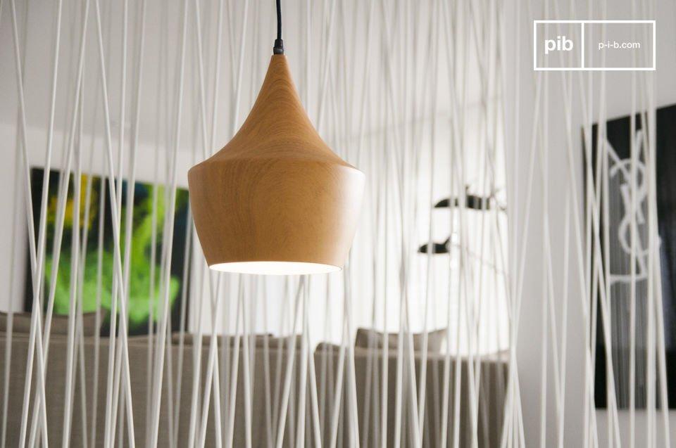 De Svéa hanglamp is een zeer esthetische lamp met een charmante vintage stijl die je zal verrassen en betoveren
