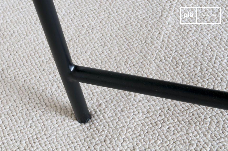 De perfecte discreetheid van een elegante zwarte marmeren tafel