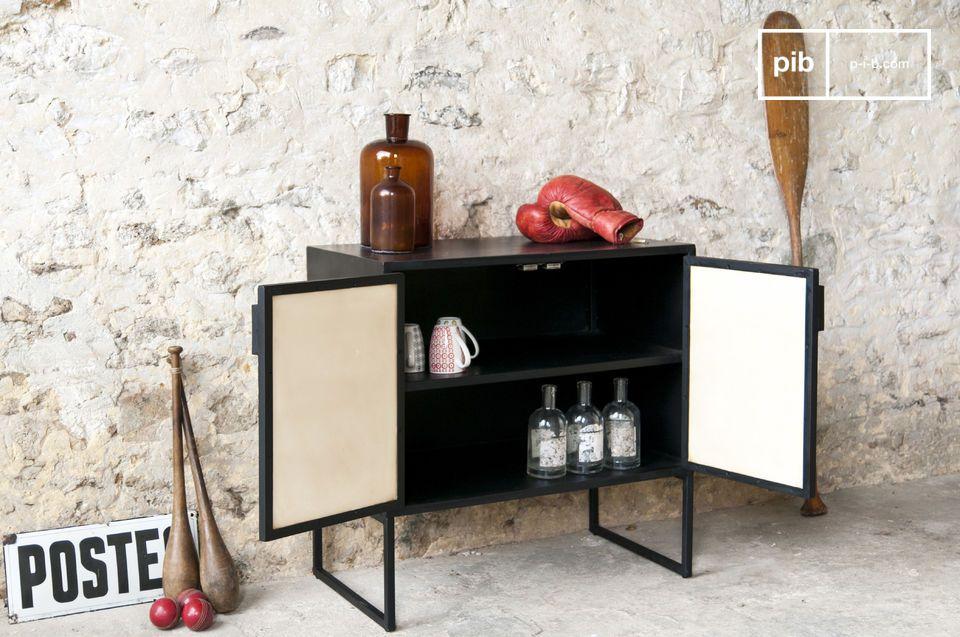 Het Timantti dressoir combineert twee stijlen tot een zeer succesvol resultaat