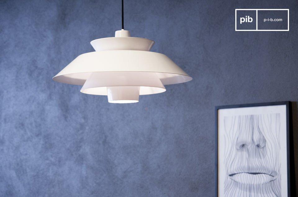 De Trebäl hanglamp is een lamp die gasten zal betoveren dankzij het design en de speciale sfeer die het toevoegt aan je interieur