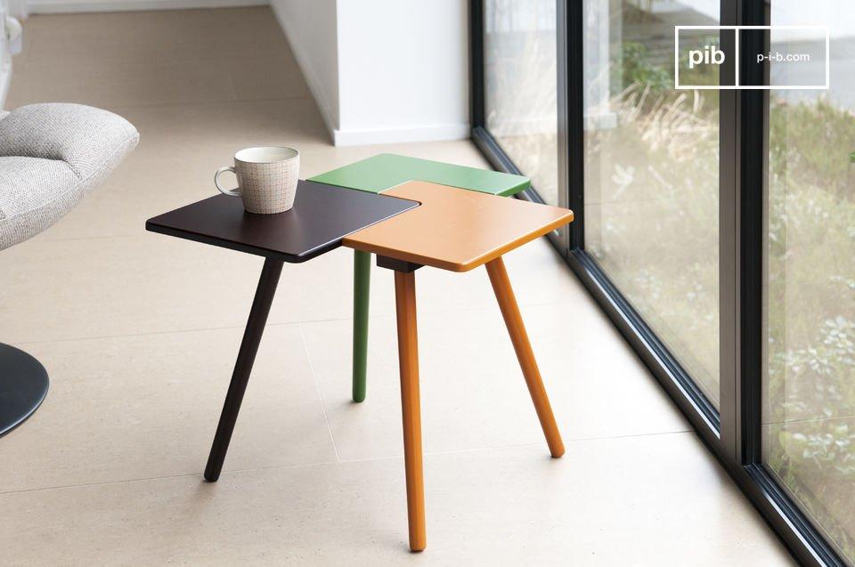 De tridy bijzettafel is een klein meubelstuk vol fantasie dat veel Scandinavische stijl en kleur zal toevoegen aan je interieur