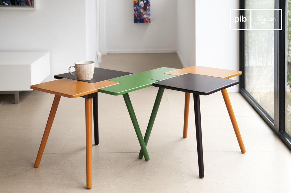 De tafelpoten zijn een aanvulling op de kleuren van het tafelblad en zijn gemaakt van massief rubberhout