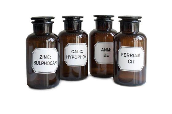 Vier apothekersflessen Productfoto