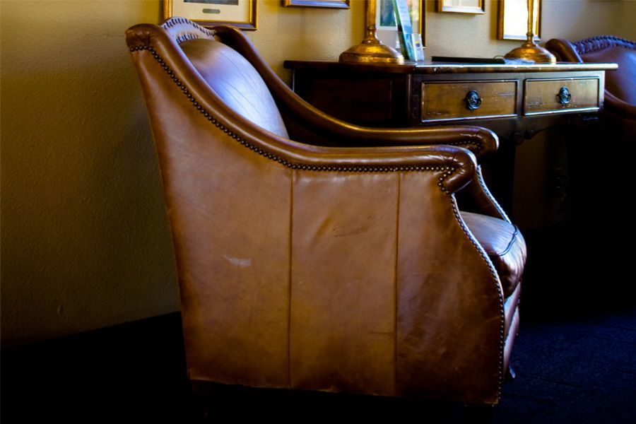 Vintage bruine lederen zetel woonkamer