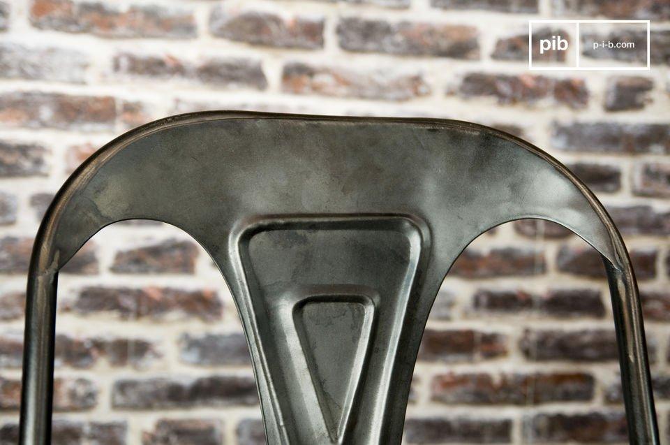Heruitgave van de legendarische metalen stoel uit 1920