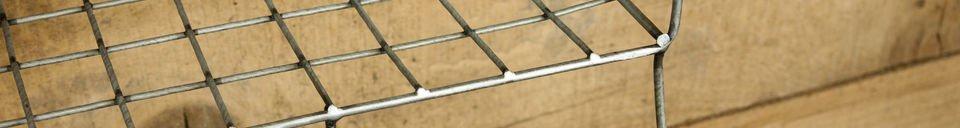 Benadrukte materialen Wandrek met haken