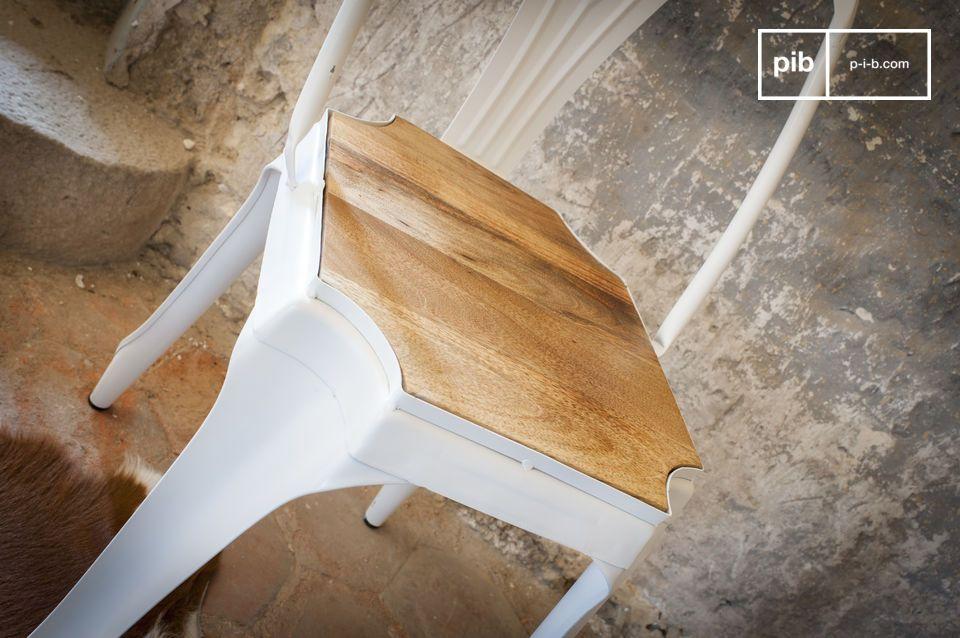 Mooie combinatie van metaal en hout