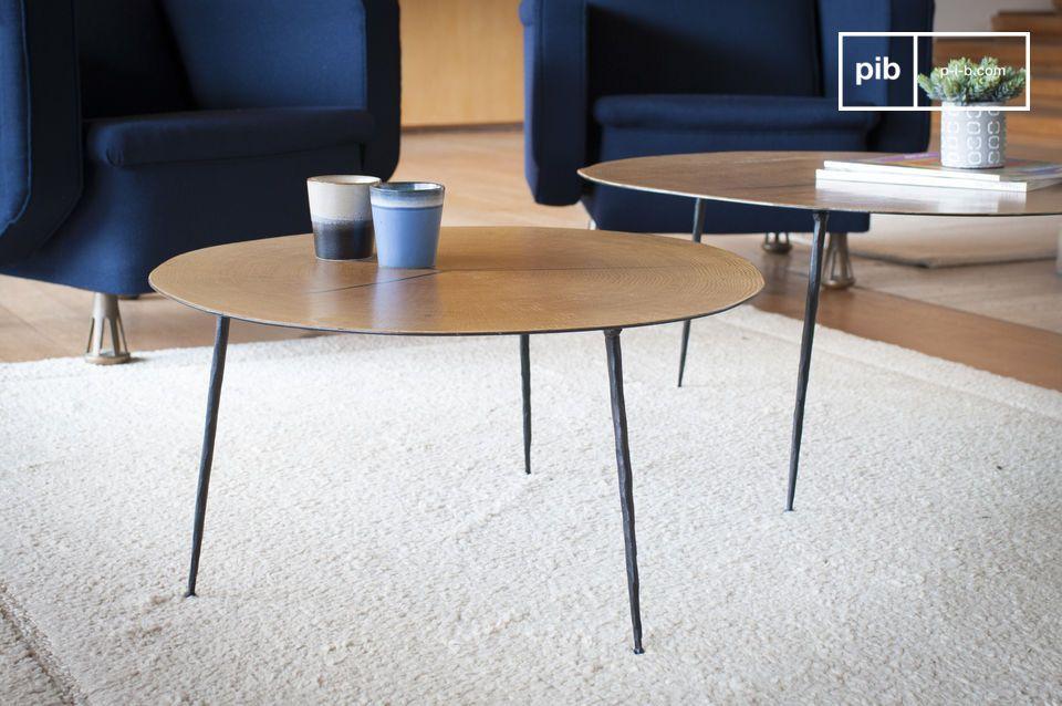 De Xyleme dubbele salontafel met twee koffietafels brengt elegantie en lichtheid in uw woonkamer