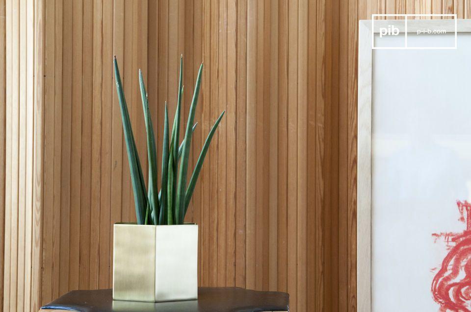 Zeshoekige bronzen plantenbak