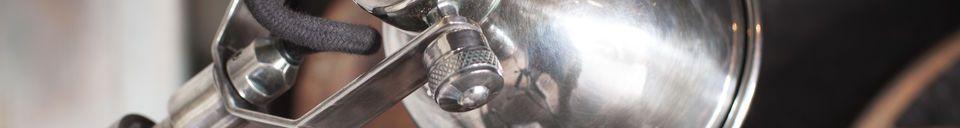 Benadrukte materialen Zilveren telescopische wandlamp Tuk