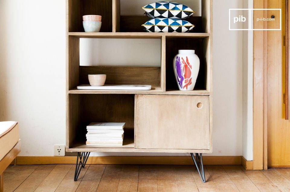 Daarnaast is de boekenkast zeer functioneel met 6 opslagvakken waar je allerlei voorwerpen kunt
