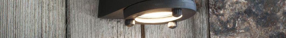 Benadrukte materialen Zwarte buitenwandlamp Aix
